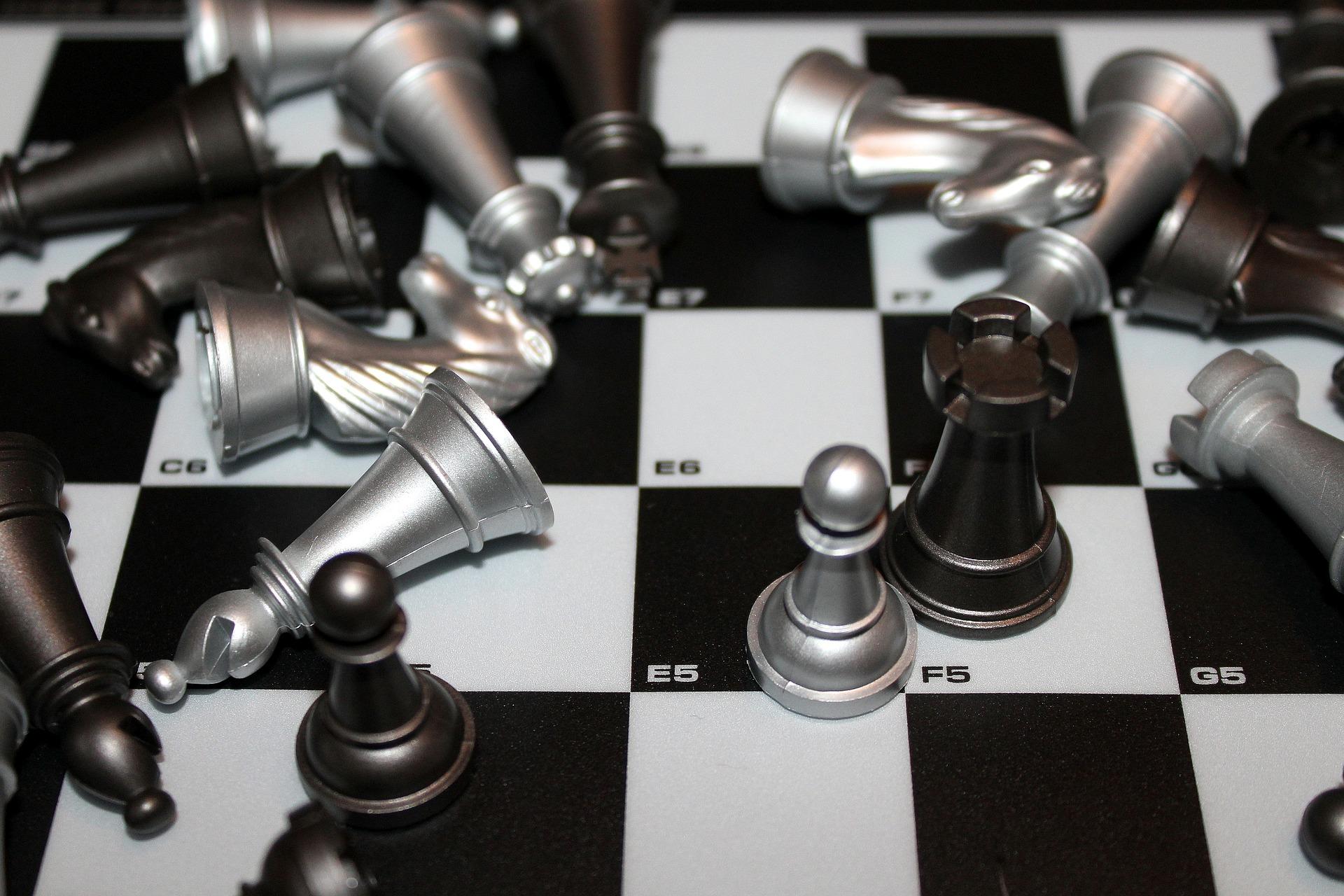 ゲーム理論とは ~ナッシュ均衡と囚人のジレンマを分かりやすく解説