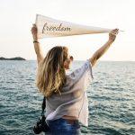 個人で稼ぐ力を身につければ、人生の自由度は今より2倍以上大きくなる